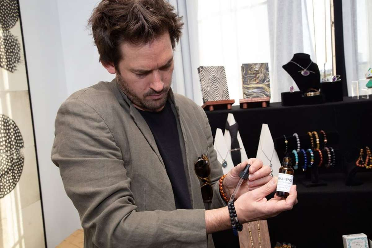 Actor Will Kemp trying Jewels for Hope essential oils.
