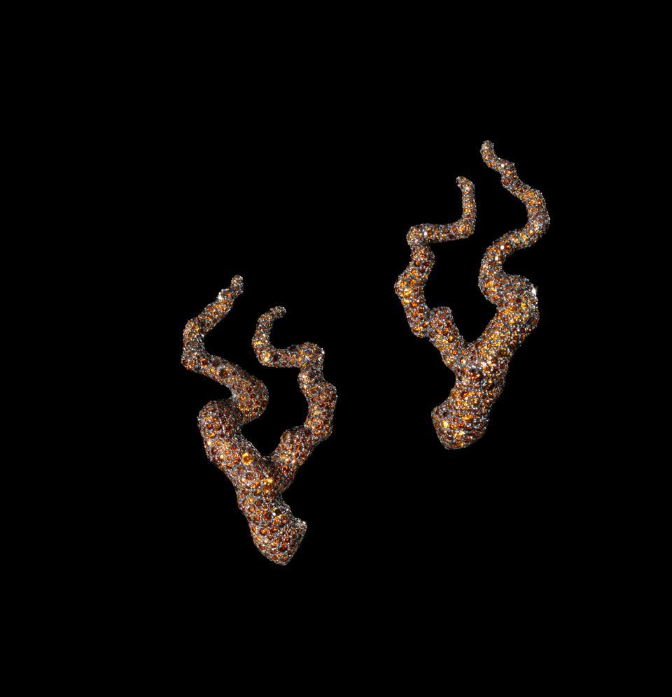 Gnarled tree ″Legend″ earrings in brown diamonds and demantoid garnets by Frédéric Zaavy