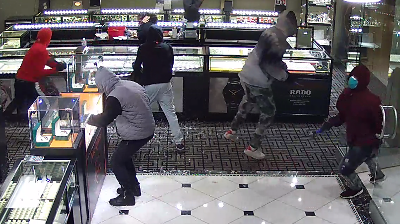 Group of suspects who robbed southwest Austin jewelry store on Feb. 13 (APD Photo)