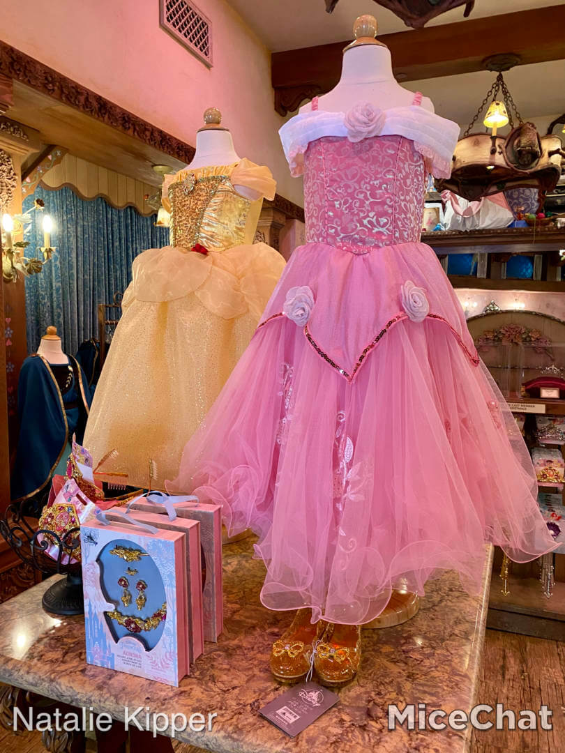 """, Disneyland Shopping Returns & """"The Magic is Back"""" Collection"""